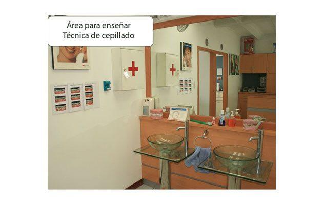 Clínica Dental Dentesa - foto 2