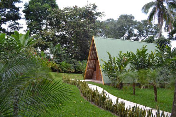 Hotel y bungalows el jard n for Bungalows el jardin retalhuleu guatemala