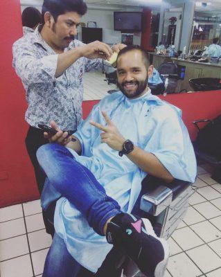 Latinos Barber Shop - foto 1