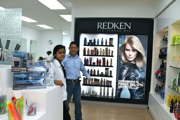 Tres Chic Salon & Beauty Shop Sankris Mall - foto 3