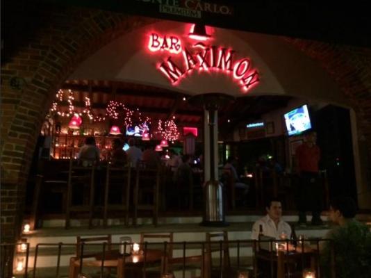 Bar Maximón - foto 1