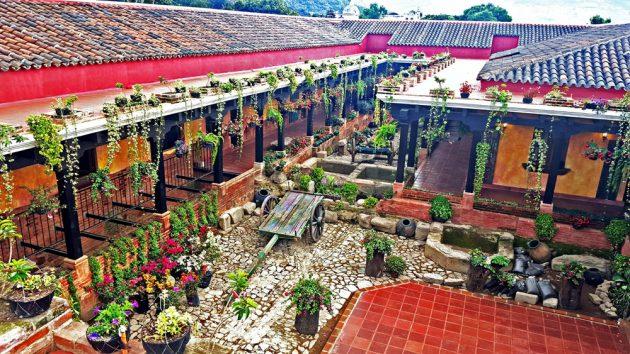 Hotel Eterna Primavera Antigua - foto 1