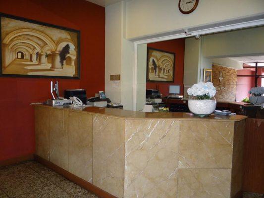 Hotel Sevilla - foto 3