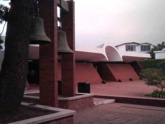 Iglesia María Auxiliadora / Parroquia San Juan Bosco - foto 2