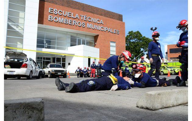 Cuerpo de Bomberos Municipales Central - foto 1