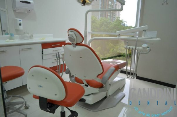 Ganddini Dental - foto 8