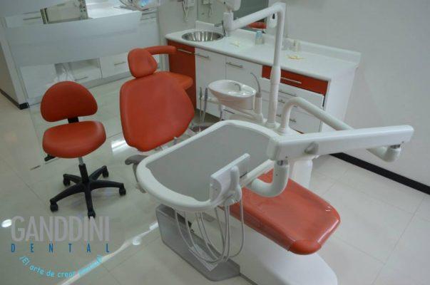 Ganddini Dental - foto 2
