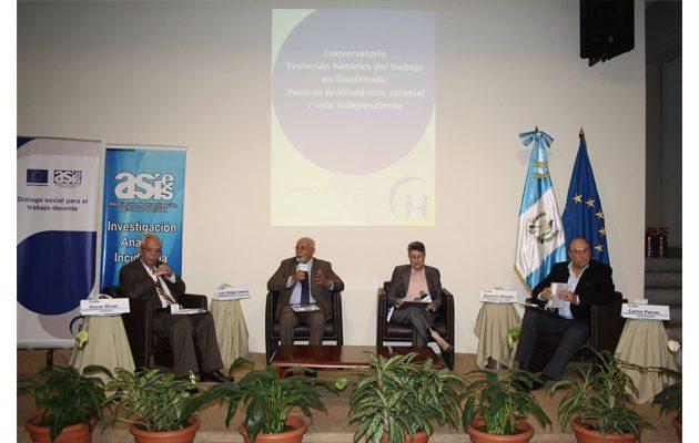 Asociación de Investigación y Estudios Sociales - foto 2