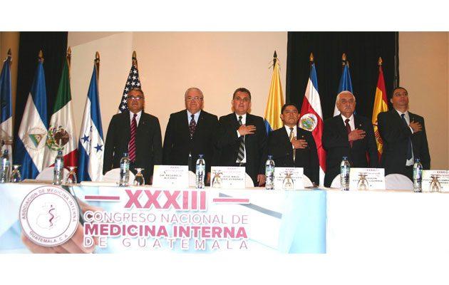 Asociación de Medicina Interna de Guatemala - foto 1