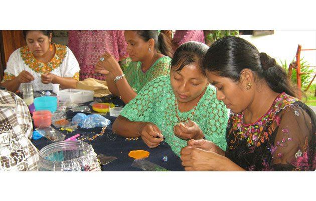 Asociación de Amigos del Desarrollo y la Paz - foto 1